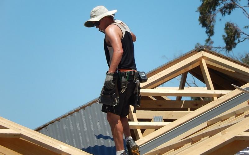 Pourquoi faire appel à un couvreur pour les travaux de toiture ?